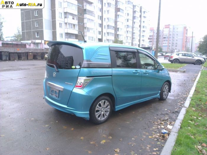 Продажа Honda Freed Spike (Хонда Фрид Спайк)